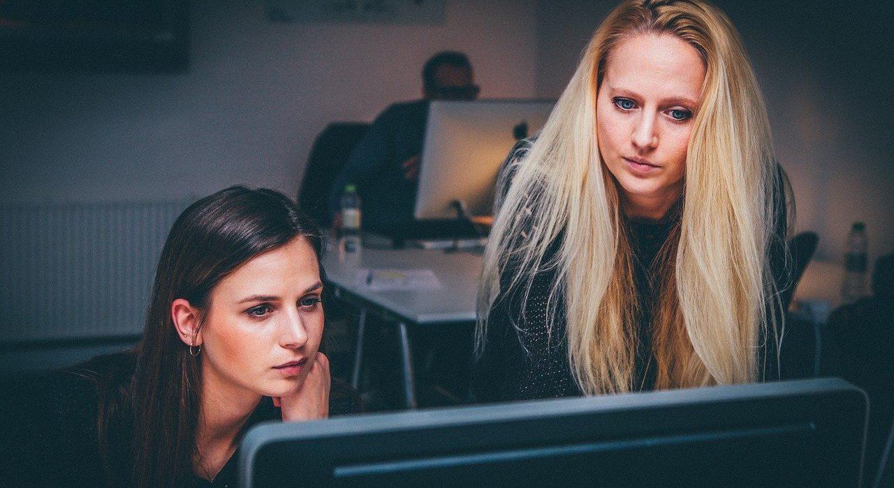 26 proc. kluczowych stanowisk w firmach zajmują kobiety